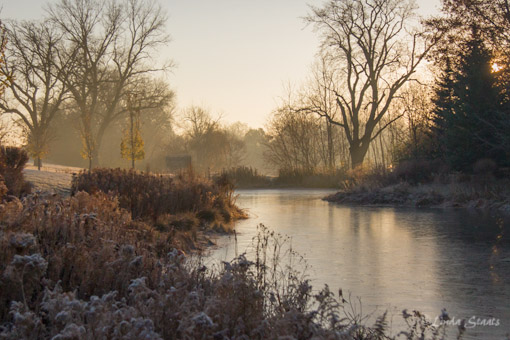 Sunrise over frost & ice 3920_Staats