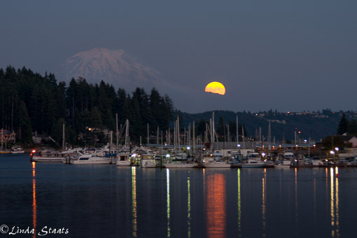 Full moonrise Gig Harbor_2185 Staats