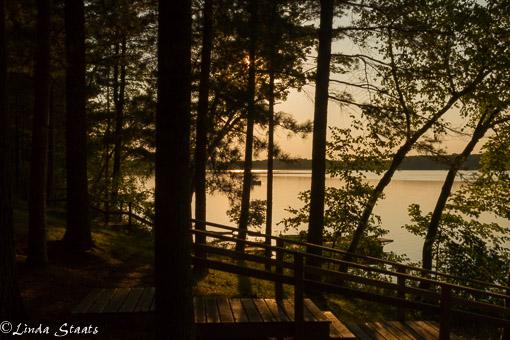 Sun and lake_10320 Staats